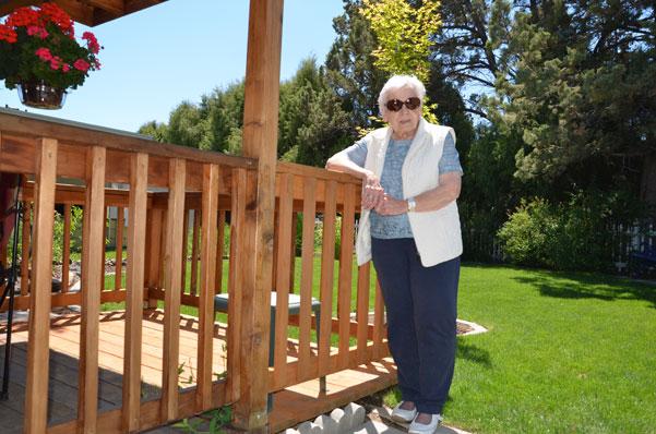 woman-on-porch-oregon